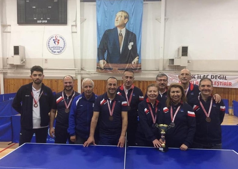Masa Tenisi İstanbul İl Müsabakalarında Gümüş Madalya..