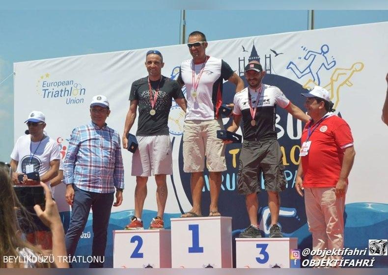 İstanbul ETU Triatlon Avrupa Kupası Yarışı'nda ASSK kürsünün en tepesinde!